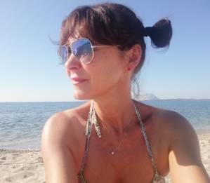 Laura Caron